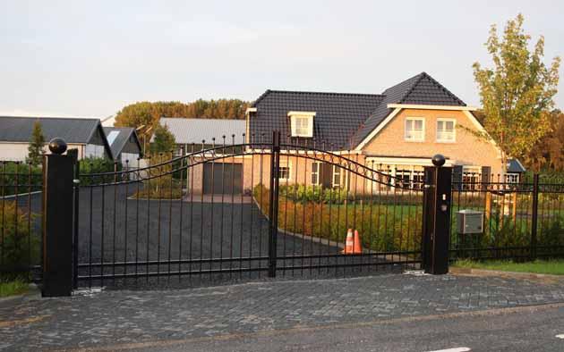 Sierhekwerk sierpoort elektrische poort - Hoving Hekwerk B.V. Stadskanaal