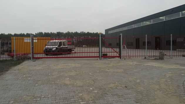 spijlhekwerk bedrijventerrein - Hoving Hekwerk B.V. Stadskanaal