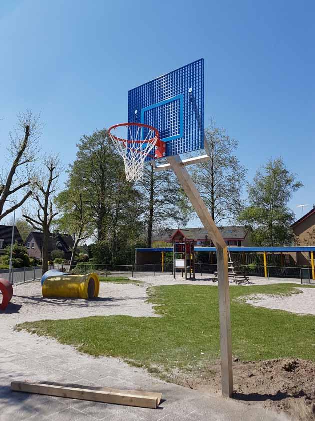 Basketbal staanders van RVS - Hoving Hekwerk B.V. Stadskanaal