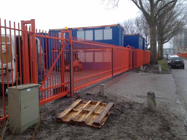 Elektrisch bedienbaar hek - Hoving Hekwerk B.V. Stadskanaal