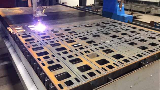 Hoving Hekwerk produceert schuifpoorten - Hoving Hekwerk B.V. Stadskanaal