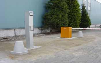 slagboom met intercom systeem - Hoving Hekwerk B.V. Stadskanaal