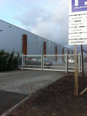 Elektrisch bedienbaar hek Hoving Hekwerk B.V. Stadskanaal